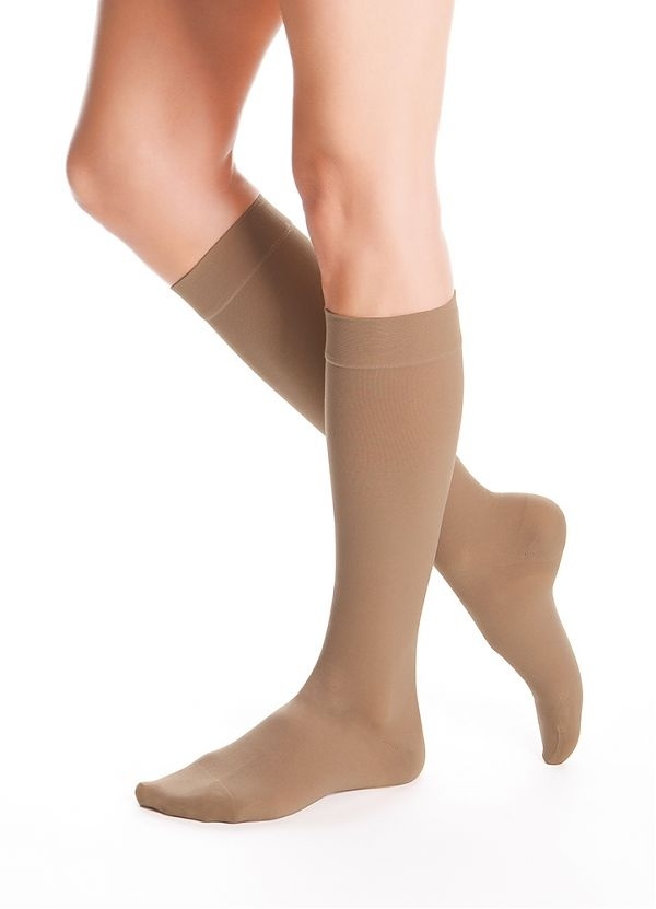 4ecb22ce60c57b duomed-advantage-20-30-mmhg-closed-toe-knee-highs-18070-almond.jpg